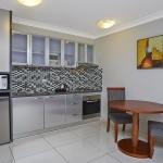 Studio Twin Kitchen