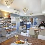 Zeina's Cafe - Breakfast and Dinner Service